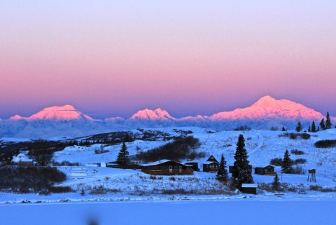 Alaska's Caribou Lodge in Talkeenta in winter