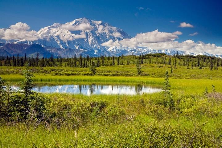 Glaciers kettle ponds Wonder Lake 2102872 High Res
