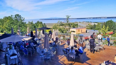 Outdoor dining area of 49th State Brewing Company - Anchorage