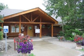 Chugach state park visitor information center ER Nature Center 2 06