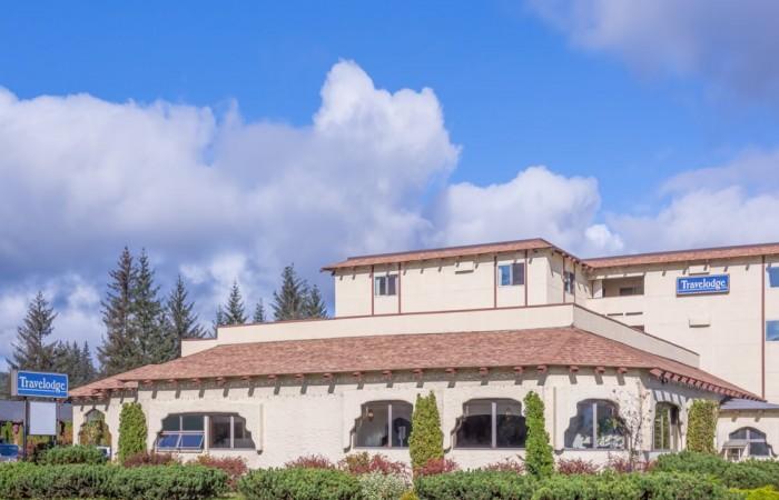 Juneau hotels lodges 01 Exterior Day