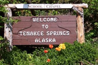 Tenakee Springs Tenakee Springs P1320469 o6bd4t