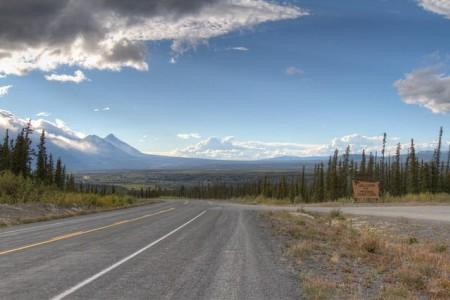 Alaska Highway (Border to Delta Junction)
