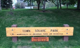 Town_Square_Park-02-n8ijsg