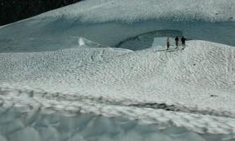 Byron-Glacier-Byron_Glacier_RSK_030-pfev8u