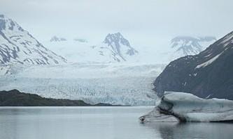 Grewingk-Glacier-Trail-04-mxemth