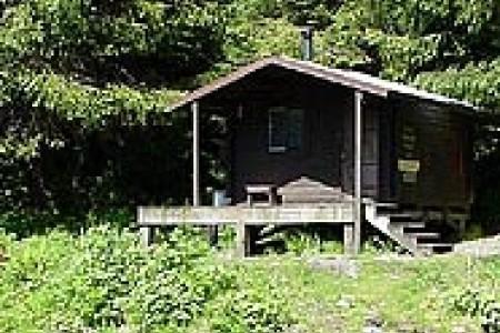 Karta Lake Cabin