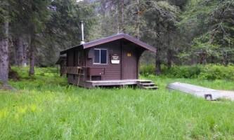 Marten lake cabin 02 muix5v