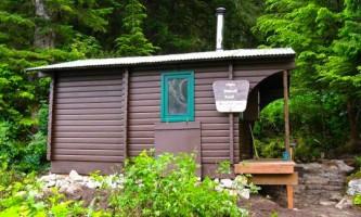 Baranof lake cabin 02 muiwni