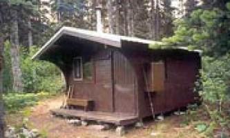 Laughton glacier cabin 02 muix21