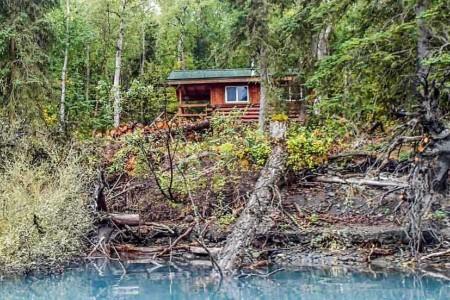 Eklutna Lake Kokanee Cabin