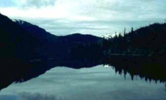Jims lake cabin 01 muiwwx
