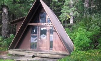 Salt chuck east cabin 02 mqid74