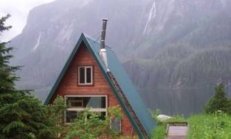Swan lake cabin 03 mqidlo