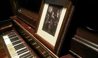 Prospectors historic pizzeria alehouse piano 2015 oi54i4