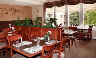 Zachs restaurant 09 n3s321