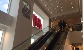 Dimond center mall img 1895 nzgxc9