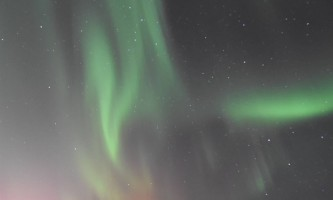 Winter look up aurora oxrv2g