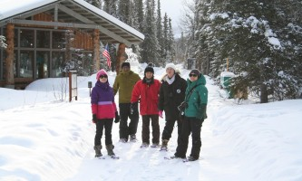 Denali winter drive adventure t denali winter murie center 2017 r weeden p08nux