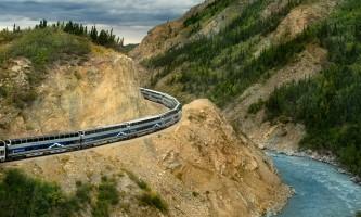 Denali rail tours rail2013 07 around bend pavzxn