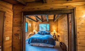 2017Ididaride-Abode-Well-Cabins2-ot1whi