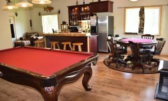 Northwoods-Lodge-Game_room_2018-pfb6e1