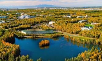 Spring Hill-Stes-Univ-Lake-01-mwa00y
