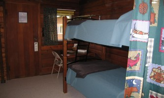 NEW-Brooks_Lodge_Room_2-copyright_Melissa_Ackerman-ma82it