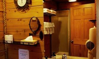 Alaskan-suites-aksuites-10-p6bcl5