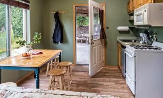 2018-FH_kitchen_needs_bl_jacket_out_raw-pfx9mu
