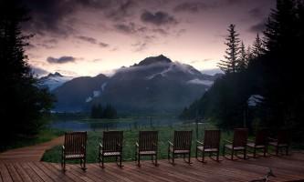 2018-28-Sunrise_on_the_Deck_at_Kenai_Fjords_Glacier_Lodge-pdvqne