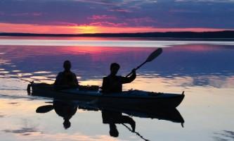 2018-21-Sunset_Kayaking_at_Kenai_Backcountry_Lodge-pdvvg8
