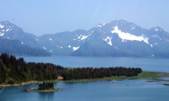 Alaska-Coast-To-Denali-Journey-22-Kenai_Fjords_Glacier_Lodge_Aerial-pdvth4