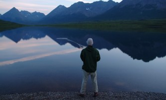 Aniak-air-guides-Scenery-fishing_in_the_mountains-pmesug
