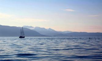 Alaska_Adventure_Sailing-Paddle_Boarding_Lynn-o058m4