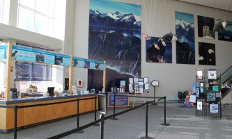 2011 Lobby 12019