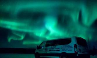 Alaska Wildlife Guide Chena Hot Springs Northern Lights tours 20190228 185454449 i OS2019