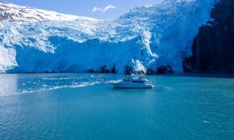 Alaskan luxury cruises Seamistsideglacierhigh