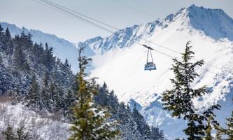 RKP Sun Pow 4 5 2018 61 alaska hotel alyeska girdwood resort downhill skiing winter activities