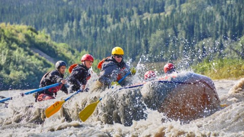 The exciting Canyon Run has 8 Class 3 rapids and one rollicking Class 4 rapid!