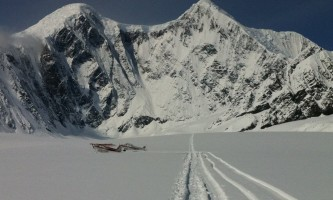Golden eagle outfitters flightseeing air taxi glacier drop off2019