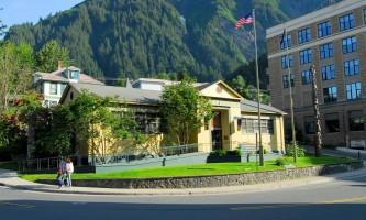 Juneau douglas city museum DSC 0002
