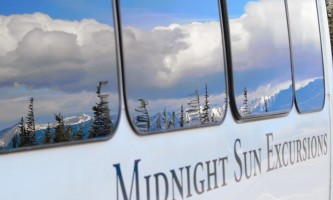 Midnight Sun Excursions bus reflection ray2019