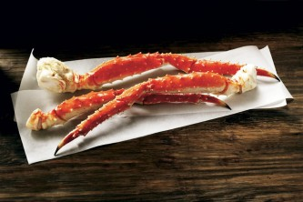 Alaska food and drink AK Luggage Red King Crab Legs raw
