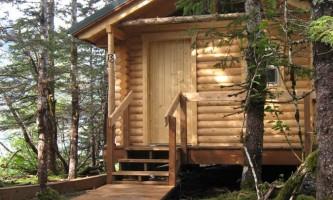 Kenai Fjords Glacier Lodge kfgl cabin ext rsz2019