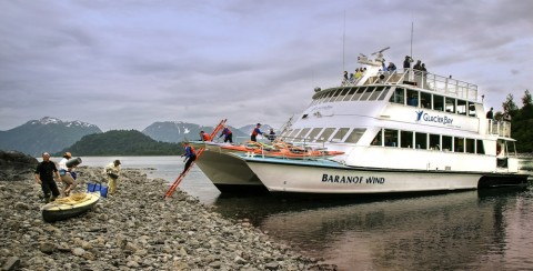 Hop aboard the lodge's catamaran for the best chance to see whales, bears, mountain goats, and the bay's massive, tidewater glaciers.