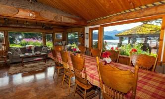 Alaska Dining Room 2018 Don Pitcher 2019