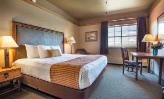 Copper princess 15 room king bed alaska copper river princess wilderness lodge