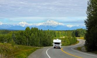 Great alaskan holidays motorhome rentals RV Driving at Denali