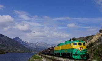 Alaska alaska white pass yukon route railroad hiker transport skagway DSC07017 White Pass Yukon Route Rail